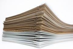 堆棕色和白皮书 库存照片