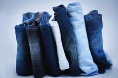堆牛仔裤 图库摄影