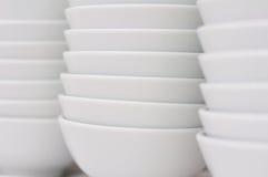 堆白色碗 图库摄影