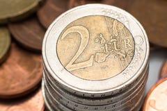 堆的宏观照片欧洲硬币 库存图片