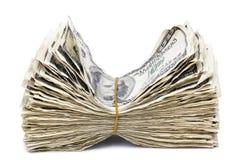 起皱纹的100张US$票据堆-橡皮筋儿 免版税库存照片