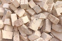堆砖和微风块和石头 库存照片