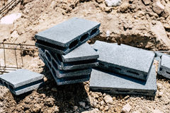 堆砖块水泥 免版税库存照片