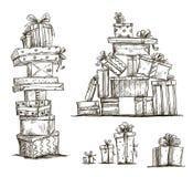 堆礼物。礼物盒乱画堆。 免版税库存照片