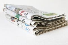 堆积报纸 免版税库存图片