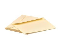 堆米黄信封 免版税库存照片