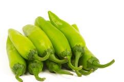 堆绿色辣椒(墨西哥胡椒) 免版税图库摄影