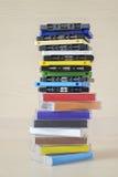 堆老五颜六色的卡型盒式录音机 库存照片