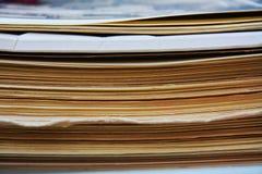 堆老杂志 免版税库存图片