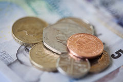 堆英国金钱 免版税库存照片