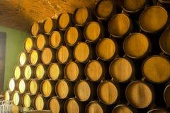 堆葡萄酒桶 免版税图库摄影