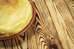堆薄煎饼,一个平原薄煎饼,早餐,快餐 薄煎饼D 图库摄影