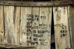 堆被击毁的运输的条板箱 库存图片