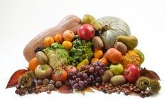 堆水果和蔬菜、秋天和冬天 图库摄影