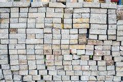 堆水泥砖块 免版税库存照片