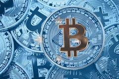 堆Bitcoin密克罗尼西亚旗子 Bitcoin cryptocurrencies conce 免版税库存照片