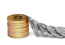 堆bitcoins抵抗另一个altcoin ` s多米诺作用 Bitcoin强和稳定的概念 免版税库存图片