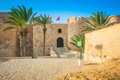 堡垒加齐亚瓦尔穆斯塔法,豪迈特苏格,海岛Jerba,突尼斯 库存图片