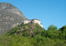 堡垒吟呦诗人,瓦莱达奥斯塔,意大利 免版税库存图片
