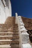 堡垒和佛教徒修道院(Gompa) Basgo谷的,印度 免版税库存图片