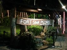 堡垒圣佩德罗火山宿雾 免版税库存图片