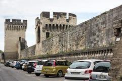 堡垒墙壁在阿维尼翁 免版税图库摄影