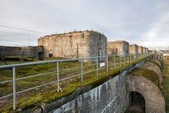 堡垒康斯坦丁,喀琅施塔得火炮电池  免版税库存图片