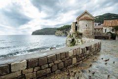堡垒的中世纪墙壁在布德瓦,黑山 库存图片