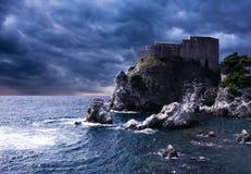 堡垒Lovrjenac在杜布罗夫尼克,克罗地亚 免版税图库摄影