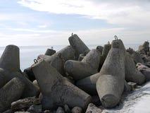堤堰在海边 图库摄影