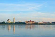 堤防伏尔加河 雷宾斯克 俄国 库存照片