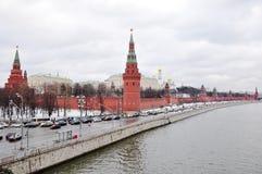 堤防克里姆林宫莫斯科 库存图片