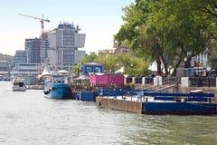 堤防在市顿河畔罗斯托夫 库存照片