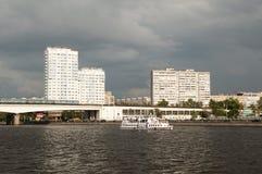 堤防moskva河 免版税库存照片