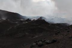 堪察加山风景:一个火山爆发区域 免版税库存图片