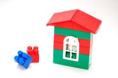 从块的建筑孩子的 免版税库存照片