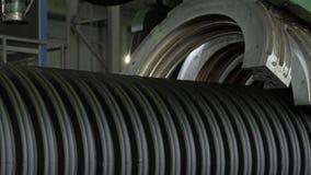 塑料水管制造  管制造业对工厂的 做塑料管子的过程在 影视素材