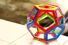 塑料汇编玩具的颜色 免版税库存图片