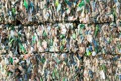 塑料瓶废物被按 免版税库存图片
