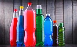 塑料瓶被分类的碳酸化合的软饮料 图库摄影