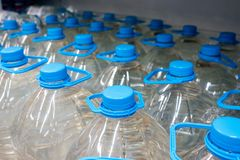 塑料瓶5公升 库存图片