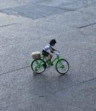 塑料自行车玩具 图库摄影