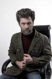 塑造一件被编织的毛线衣和夹克的人 库存图片