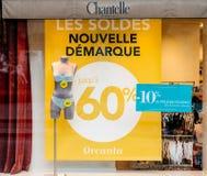 塑造商店卖时尚胸罩和内衣的Chantelle为wo 库存图片