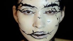 塑造特写镜头式样女性慢动作画象有惊人的创造性的构成的 影视素材