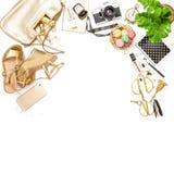 塑造舱内甲板被放置的女性辅助部件袋子鞋子办公桌 图库摄影