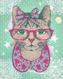 塑造葡萄酒与行家猫妇女的图形卡反对绿色polks小点backrop 库存图片