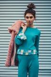 塑造衣裳的女孩从90 ` s 免版税库存图片