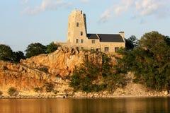 塔克` s Tower湖默里俄克拉何马 免版税库存图片