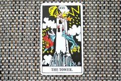 塔占卜用的纸牌突然和意想不到的变动,大变动,破坏,废墟,浩劫 免版税库存图片